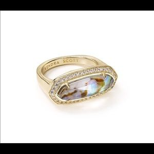 Kendra scott abalone Arielle ring sz 7. Beautiful